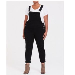 OVERALL - PREMIUM STRETCH BLACK DESTRUCTED JEANS